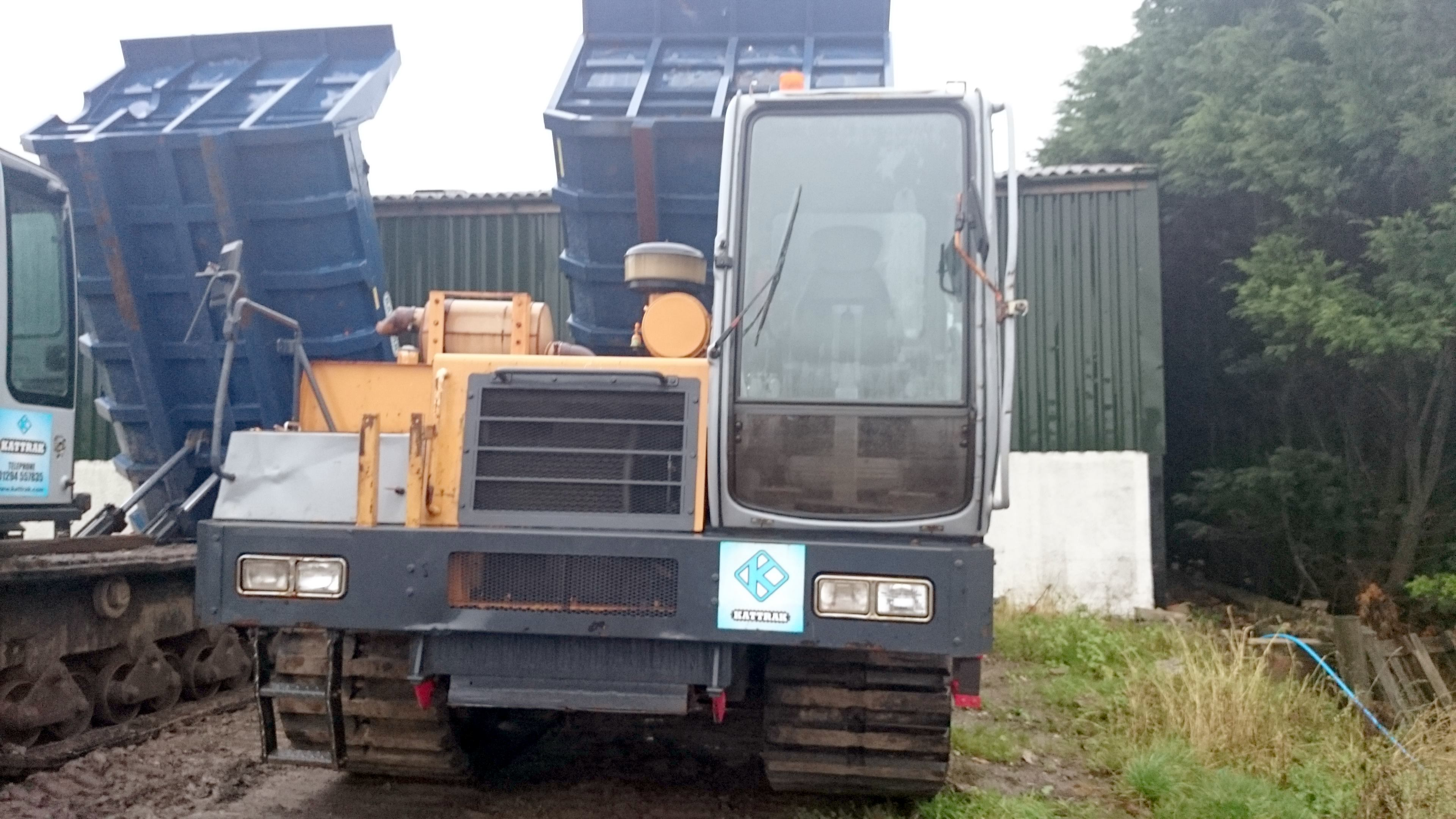 10 ton tracked dumper hire