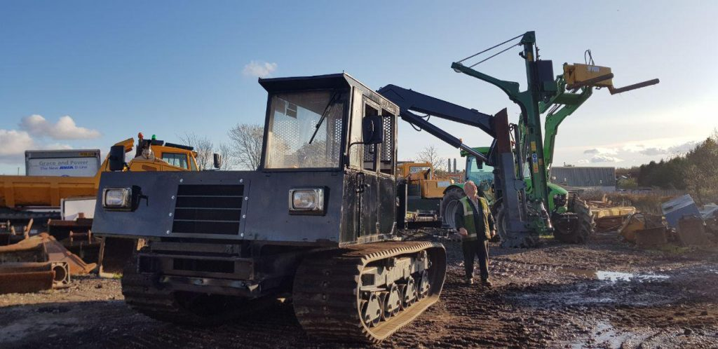 Morooka MST800 with crane & WRAG Tracked Post Driver